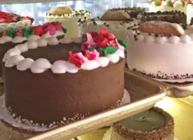 cake-row